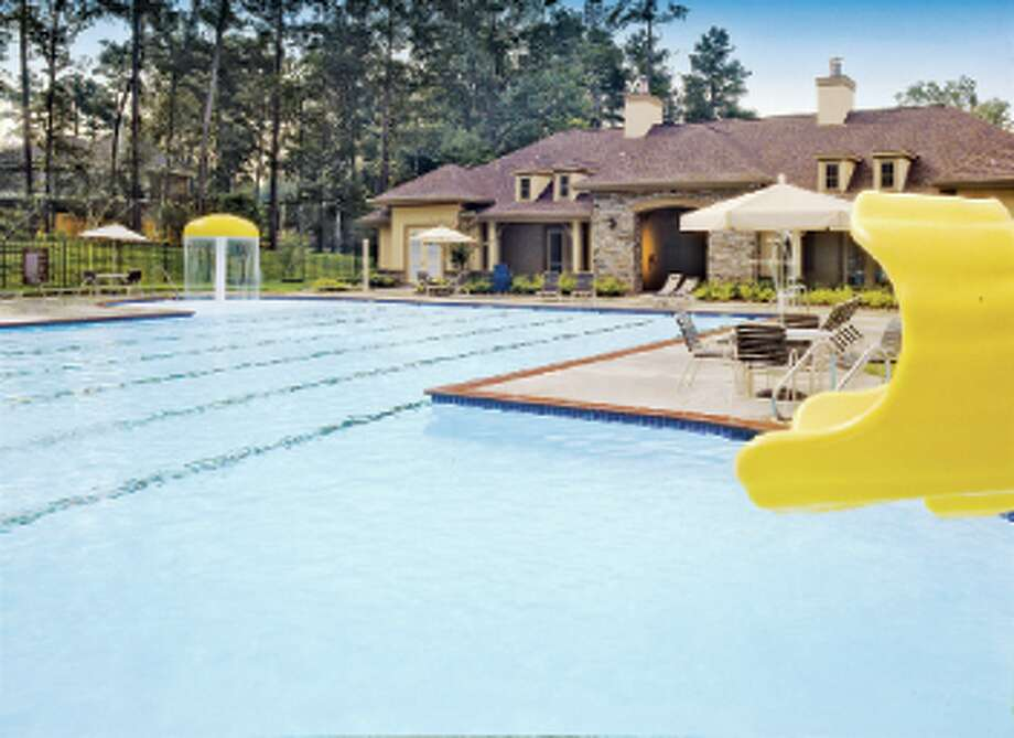Graystone Hills is one the many Friendswood Development Company communities in the Houston area.