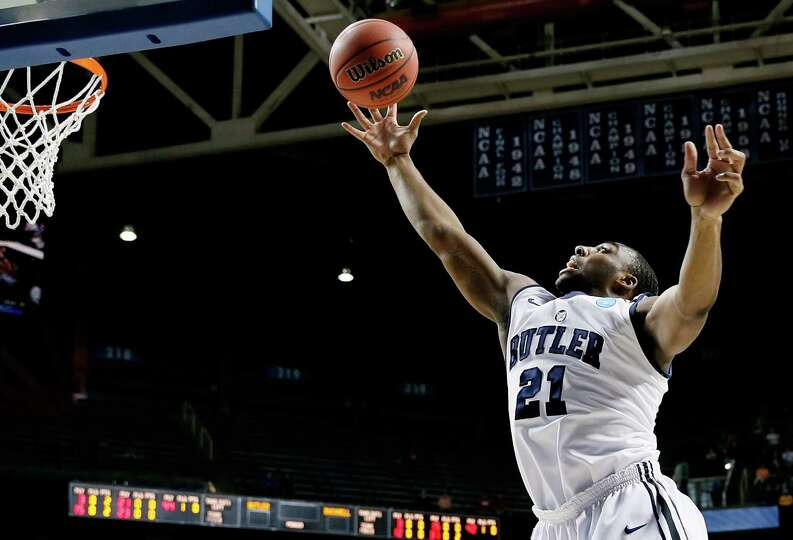 LEXINGTON, KY - MARCH 21:  Roosevelt Jones #21 of the Butler Bulldogs rebounds against Bucknell Biso