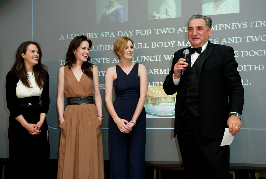 (L-R) Jessica Brown Findlay, Michelle Dockery, Laura Carmichael and Jim Carter attend 'An Evening With Downton Abbey - Raising Money For Merlin - The Medical Relief Charity' at The Savoy Hotel on July 14, 2011 in London, United Kingdom. Photo: Ian Gavan, Getty Images / 2011 Getty Images