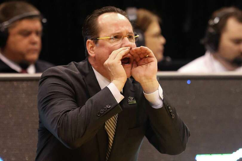 Head coach Gregg Marshall of the Wichita State Shockers calls out in the second half while taking on
