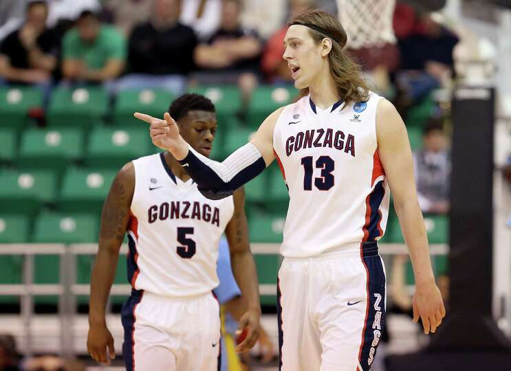 SALT LAKE CITY, UT - MARCH 21:  Kelly Olynyk #13 of the Gonzaga Bulldogs reacts in the first half wh