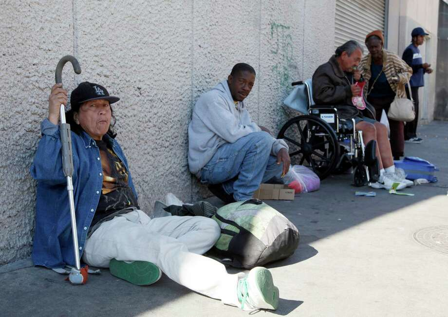 California health officials are tracking a new TB strain that has emerged among the homeless in downtown Los Angeles. Photo: Nick Ut, STF / AP