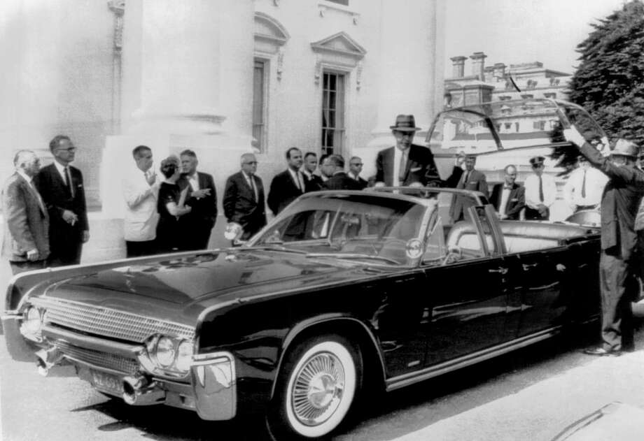 A new custom bubble-top Lincoln limousine is delivered to the White House for President John F. Kennedy in June 1961. According to the original photo caption, it took five months to build to Secret Service specifications. Photo: Underwood Archives / © Underwood Archives