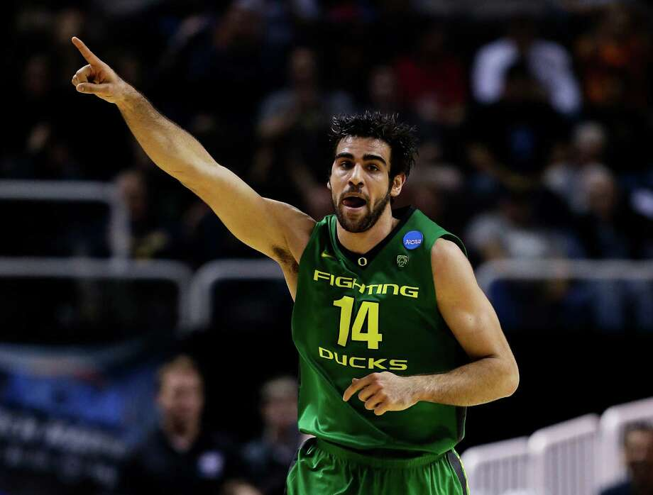 SAN JOSE, CA - MARCH 21:  Arsalan Kazemi #14 of the Oregon Ducks reacts in the first half against the Oklahoma State Cowboys during the second round of the 2013 NCAA Men's Basketball Tournament at HP Pavilion on March 21, 2013 in San Jose, California. Photo: Ezra Shaw, Getty Images / 2013 Getty Images