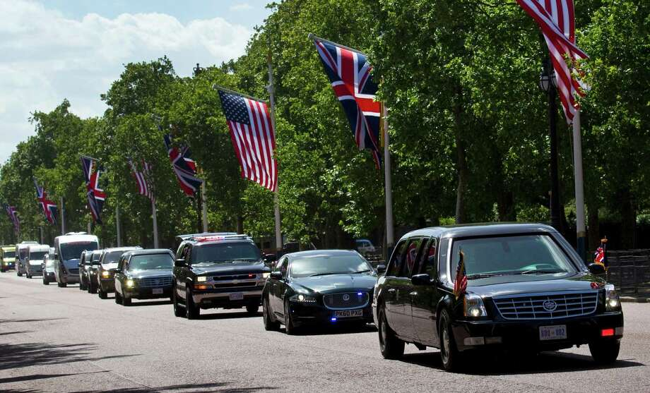 President Barack Obama's limousine (right), dwarfs other vehicles on the Mall in central London, on May 24, 2011. Photo: WARREN ALLOTT, AFP/Getty Images / 2011 AFP