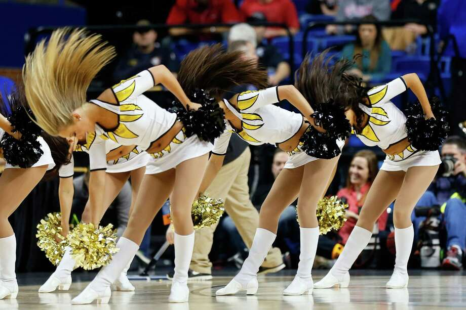 Cheerleaders for the Missouri Tigers perform during the second round. Photo: Kevin C. Cox, Getty Images / 2013 Getty Images