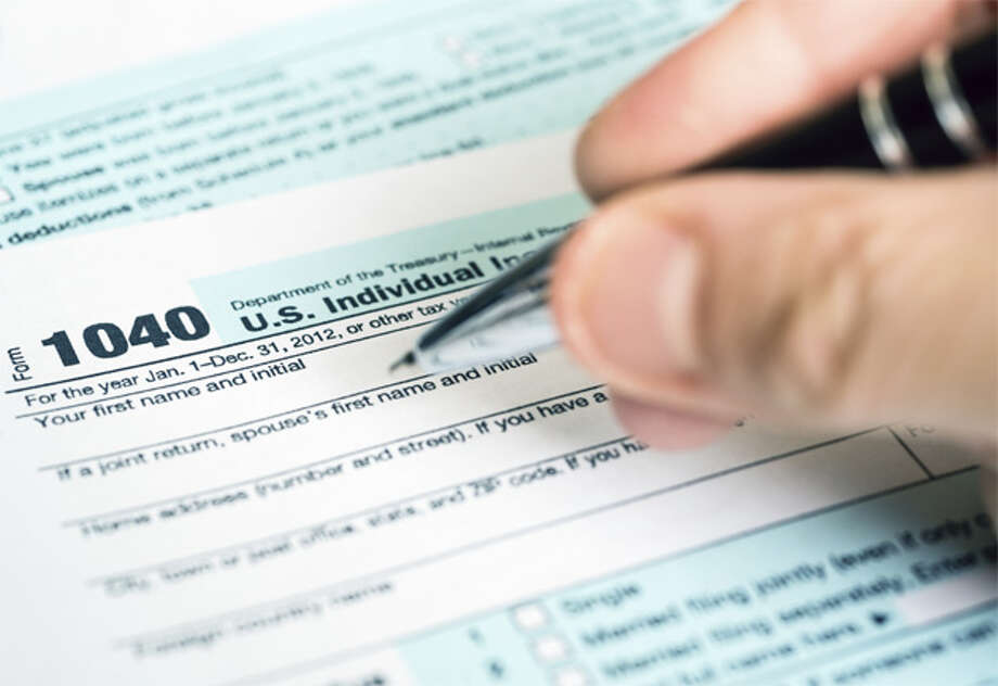 . Casa de Amigos will offer free tax preparation throughout February.Casa de Amigos, United Way and MC will host preparation events from 9 a.m. to 5 p.m. Feb. 17-18 at the Cogdell Learning Center, 201 W. Florida Ave. To make an appointment, call 686-4902.