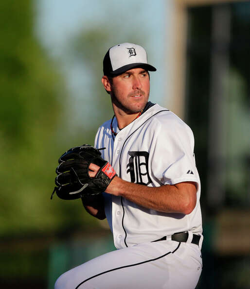 Tigers starting pitcher Justin Verlander prepares to throw.