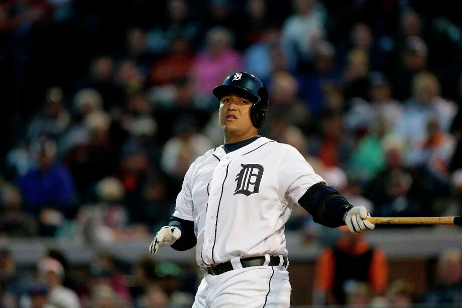Miguel Cabrera bats during spring training. Photo: Carlos Osorio, Associated Press / AP