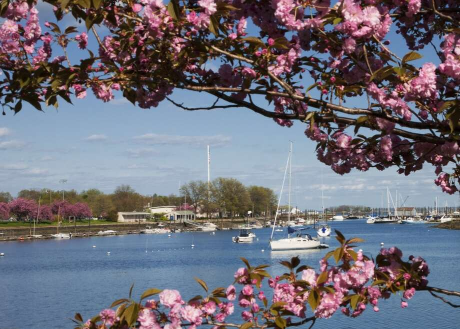 No. 7: Westchester County, New York.  This county, which is home to Mamaroneck, had the seventh highest number of people leaving Fairfield County to make their new home there, with an average of 916 people a year between 2006 and 2010, according to the U.S. Census Bureau. Harbor Park with boats, Mamaroneck, Westchester, N