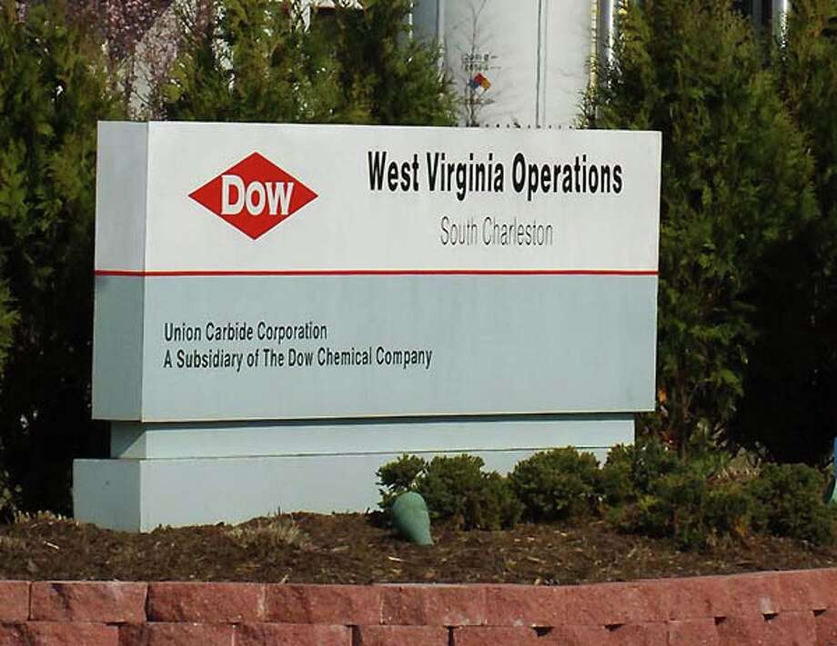 Dow Chemical, ranked 166th overallRevenue: $56.8 billionProfit: $1.2 billionSee the full list here Photo: BOB BIRD, ASSOCIATED PRESS / AP2006