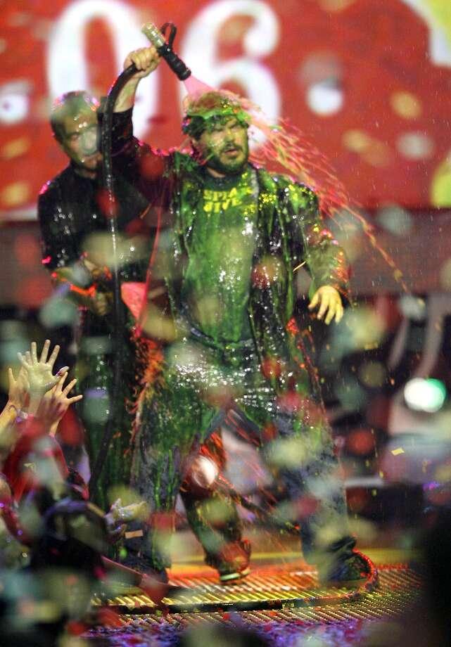 Jack Black slimes himself in 2006. Photo: Chris Polk, FilmMagic / FilmMagic