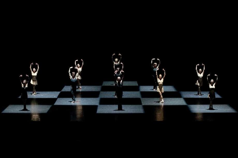 """Members of Polish National Ballet performing """"Moving Rooms."""" Photo: Ewa Krasucka"""