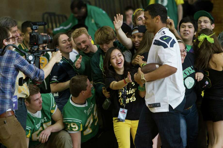 Russell Wilson pays a congratulatory visit to Roosevelt High School. Photo: JORDAN STEAD / SEATTLEPI.COM