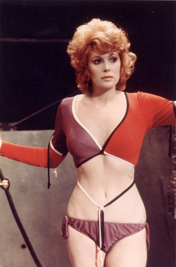 Jill St. John starred in the 1971 Bond film ''Diamonds Are Forever.''  Photo: United Artists, Getty Images / 2008 Getty Images