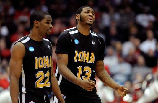 Sean Armand #22 and David Laury #13 of the Iona Gaels react late in the game against Ohio State Buckeyes. Photo: Jason Miller, Getty Images / 2013 Getty Images