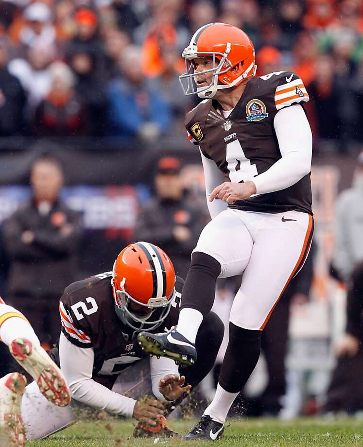 In 14 seasons with the Browns, Phil Dawson made lots of kicks in poor conditions. Photo: Matt Sullivan, Getty Images