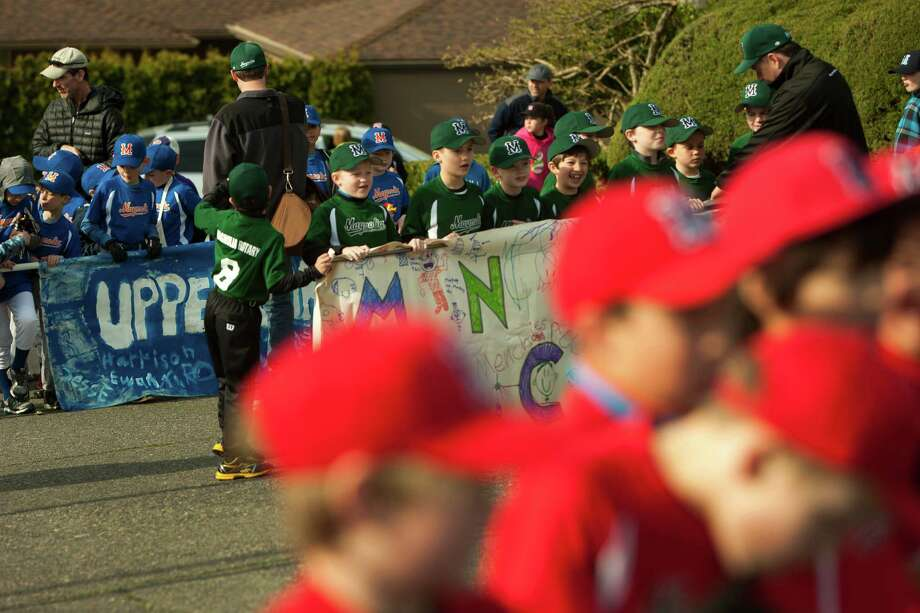 Hundreds of children from a host of Magnolia baseball teams enjoyed a sunny day. Photo: JORDAN STEAD / SEATTLEPI.COM