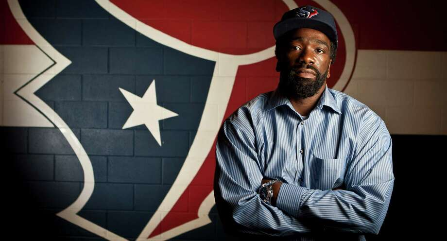 New Houston Texans safety Ed Reed, Friday, March 22, 2013, in Houston. Photo: Nick De La Torre, Chronicle / © 2013 Houston Chronicle