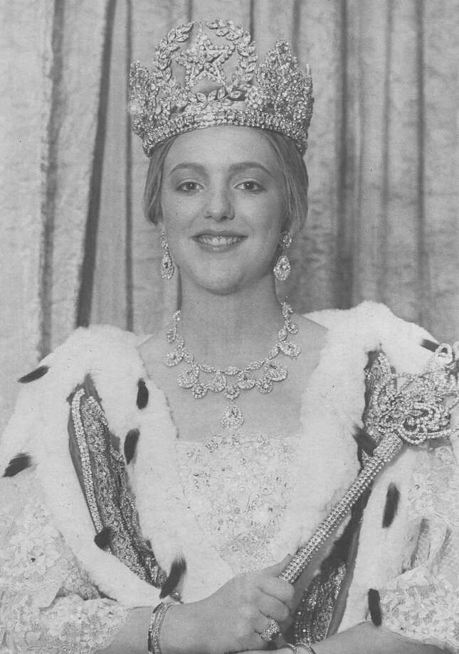 1980, Mary Elizabeth Pryor: Queen of the Court of Victorian Splendor. Photo: San Antonio Express-News File Photo