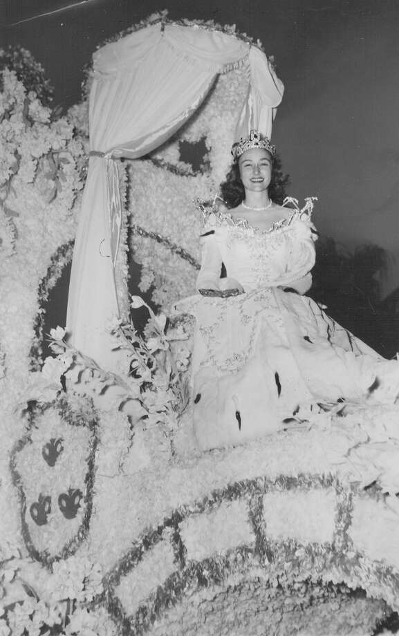1947, Susan Gresham: Queen of the Court of Holidays. Photo: San Antonio Express-News File Photo