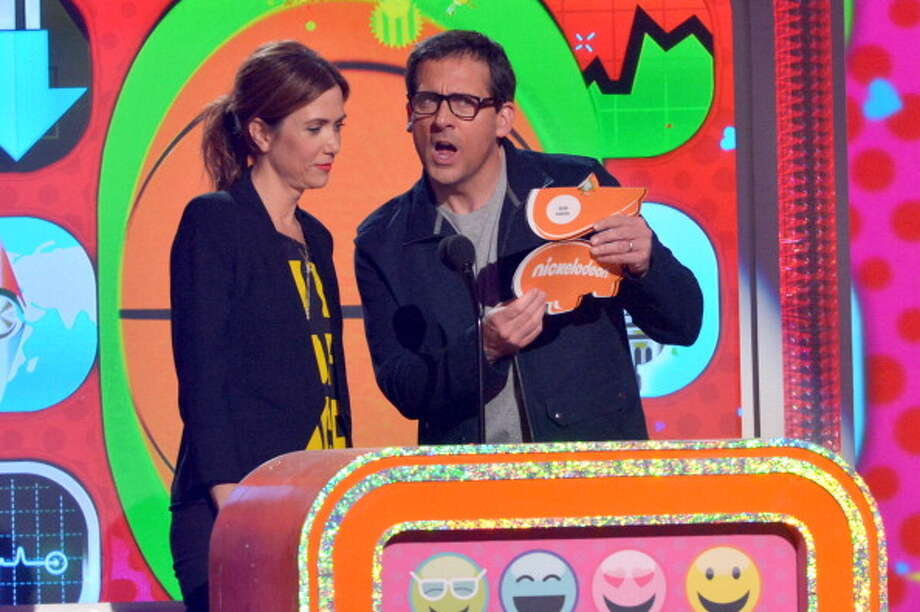 LOS ANGELES, CA - MARCH 23:  Actress Kristen Wiig (L) and actor Steve Carrel perform during Nickelodeon's 26th Annual Kids' Choice Awards at USC Galen Center on March 23, 2013 in Los Angeles, California.  (Photo by Lester Cohen/WireImage) Photo: Lester Cohen, WireImage / Getty Images