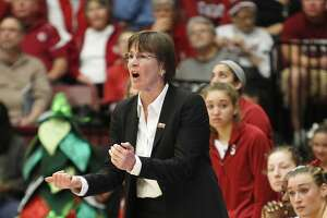 Ostler: Head coaches Kerr, VanDerveer could teach each other - Photo