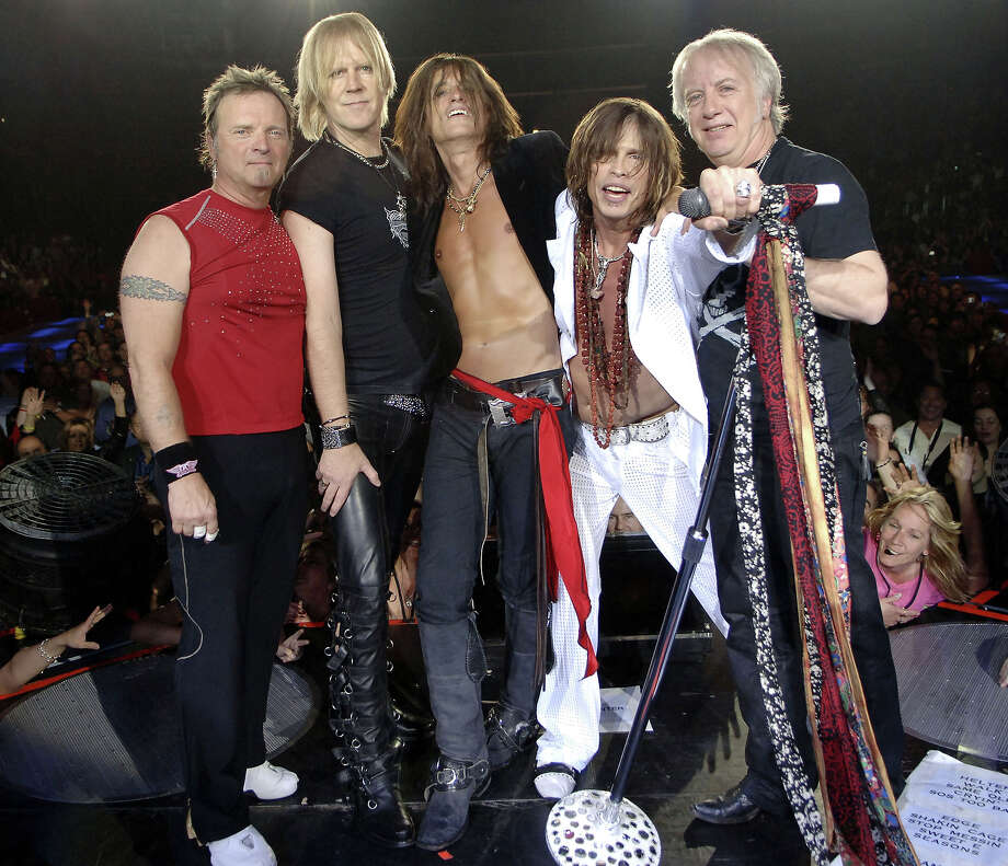 Joey Kramer, Tom Hamilton, Joe Perry, Steven Tyler and Brad Whitford of Aerosmith in 2006. Photo: KMazur, Getty Images / Call U.S. +1-212-686-8900 / U.K. +44-207 659 2815 / Australia +61-2-8262-9222 / Japan: +81-3-5464-7020 or e-mail info@wireimage.