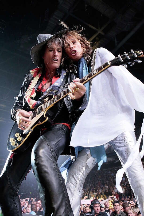 Joe Perry and Steven Tyler of Aerosmith performs at 02 Arena on June 15, 2010 in London. Photo: Matt Kent, Getty Images / 2010 Matt Kent