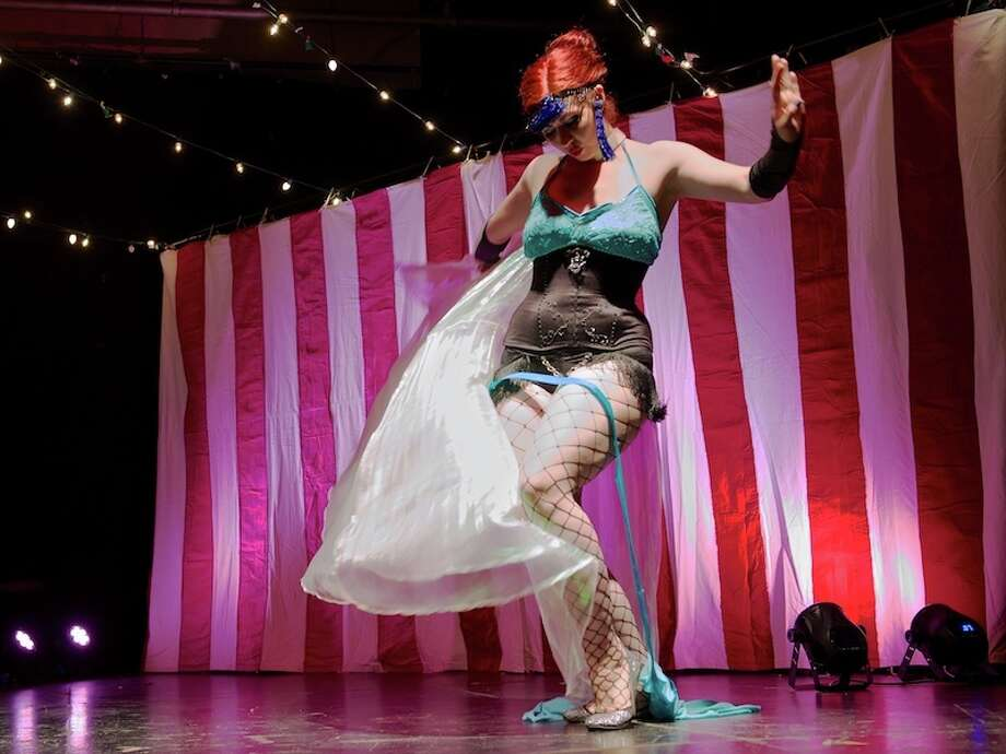 FemmeVivre LaRougeKiki's Sordid Sideshow: The Circus Burlesque Experience Photo: Jay Dryden