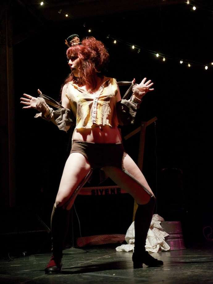 Tifa TittlywinksKiki's Sordid Sideshow: The Circus Burlesque Experience Photo: Jay Dryden
