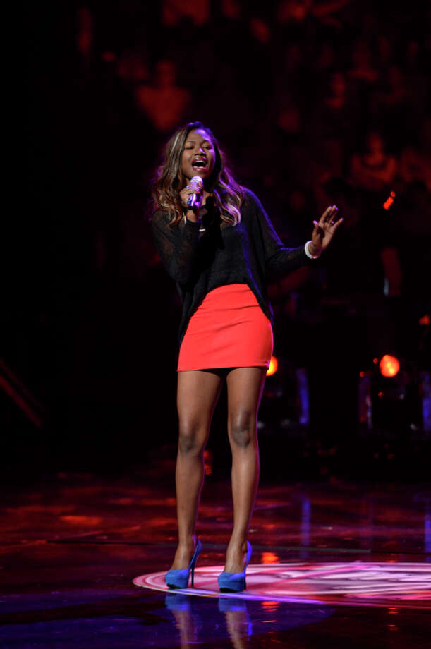 AMERICAN IDOL: Amber Holcomb performs in the Sudden Death Round of AMERICAN IDOL. CR: Michael Becker / FOX. copyright / FOX