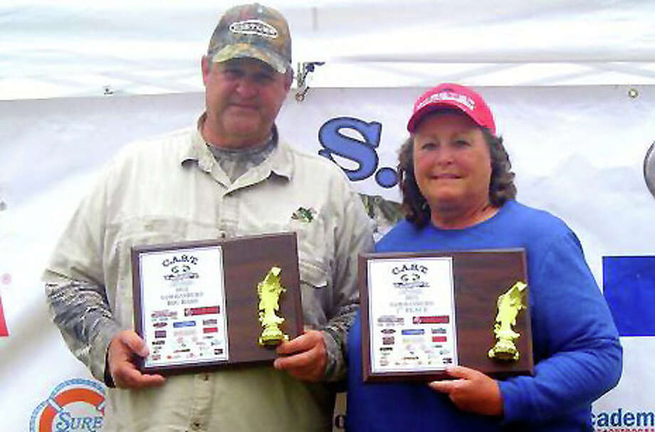 Jimmy & Sherry Harris won 1st Place with a weight of 17.70 lbs., which was anchored by the Big Bass of the day, a nice 6.86 pound lunker!
