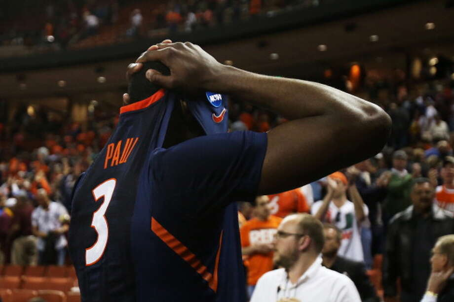 AUSTIN, TX - MARCH 24:  Brandon Paul #3 of the Illinois Fighting Illini reacts after their 63 to 59 loss to the Miami Hurricanes during the third round of the 2013 NCAA Men's Basketball Tournament at The Frank Erwin Center on March 24, 2013 in Austin, Texas. Photo: Ronald Martinez, Getty Images / 2013 Getty Images