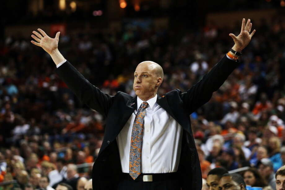 AUSTIN, TX - MARCH 24:  Head coach John Groce of the Illinois Fighting Illini reacts in the second half against the Miami Hurricanes during the third round of the 2013 NCAA Men's Basketball Tournament at The Frank Erwin Center on March 24, 2013 in Austin, Texas. Photo: Stephen Dunn, Getty Images / 2013 Getty Images