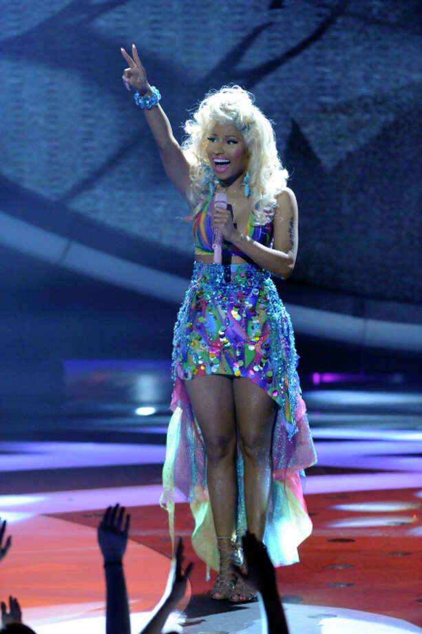 AMERICAN IDOL: Nicki Minaj performs on AMERICAN IDOL airing Thursday, March 29 (8:00-9:00PM ET/PT) on FOX. CR: Phil Mcarten / FOX.