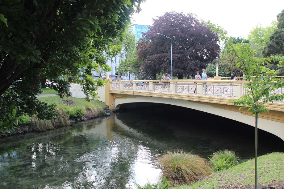 Walkers cross the Hereford Street bridge over the Avon River into the Central Business District in Christchurch. Photo: Spud Hilton, The Chronicle / The Chronicle