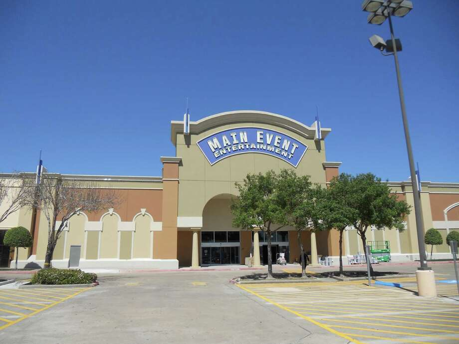 Main Event Entertainment is opening a store Tuesday in The Fountains on the Lake shopping center in Stafford,  the company's fourth Houston-area location. Photo: Courtesy Photo
