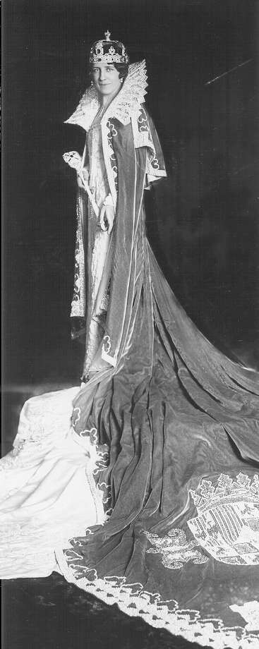 1930, Rosemary Kuntz: Queen of the Court of Seville. Photo: San Antonio Express-News File Photo