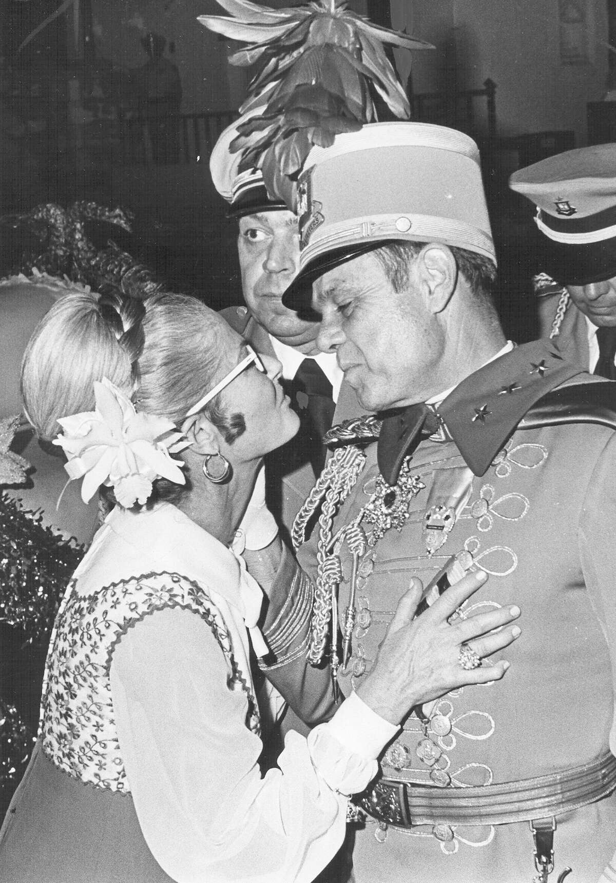 3. Fiesta royalty solidified medals as a staple of the celebration In 1971, King Antonio XLIX Charles G. Orsinger distributed what is considered to be the first official Fiesta medal.