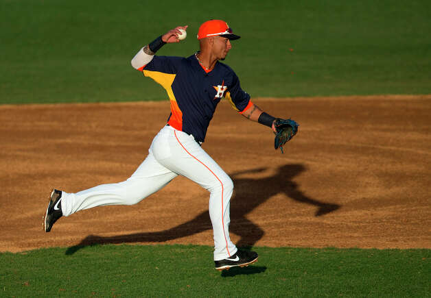 Astros infielder Ronny Cedeno plays defense during the third inning. Photo: Evan Vucci