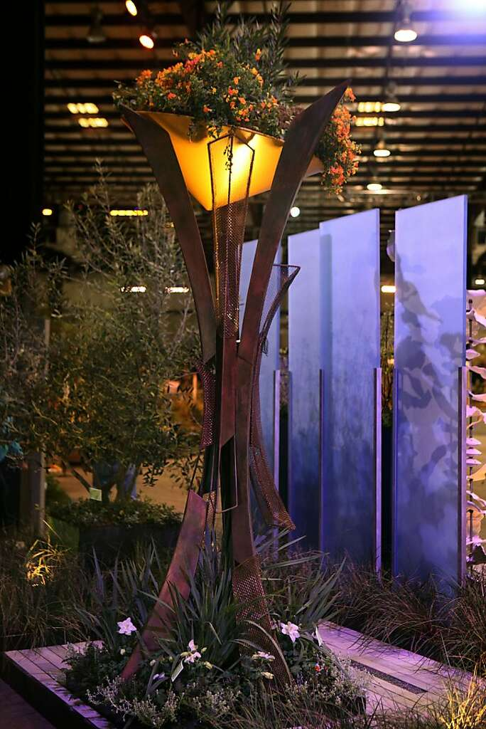 A Light Fixture And Eight Foot Tall Division/dividers In The Wonderland  Garden Designed By