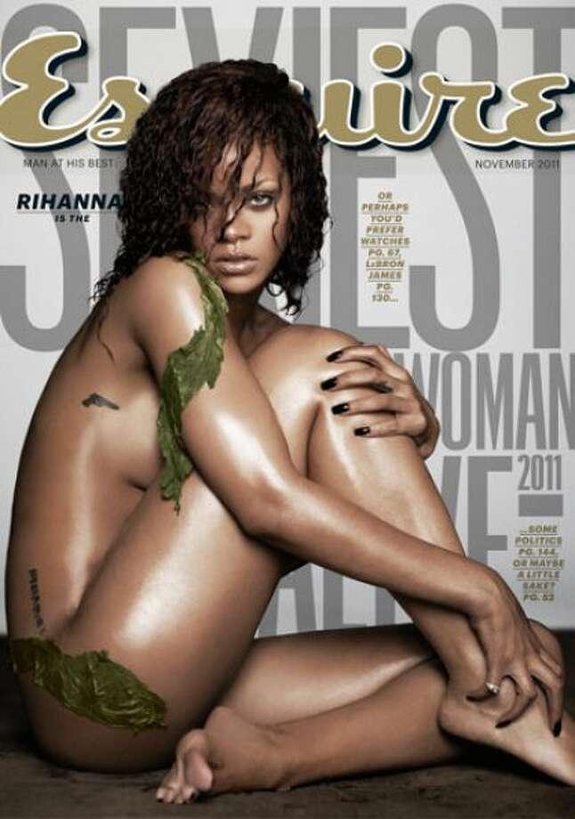 Rihanna, November 2011