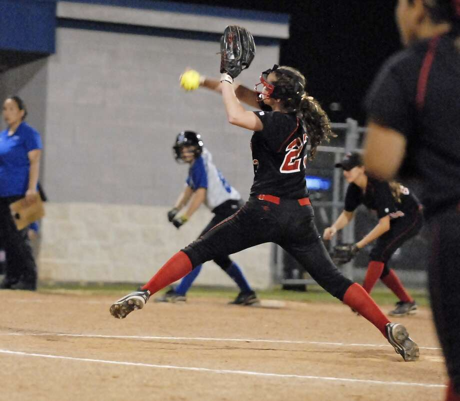 Kristen West (#23) pitches relief for Bellaire during their game with Westside at Delmar Complex Friday 3/22/13. Photo by Tony Bullard. Photo: Â Tony Bullard 2013, Freelance Photographer / © Tony Bullard & the Houston Chronicle