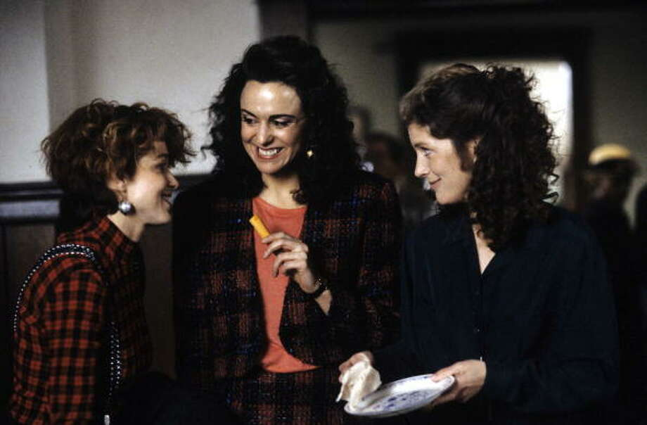 Here three top female actors on the show: Melanie Mayron, Polly Draper, Patricia Kalember in a scene from the show in 1990. Photo: ABC Photo Archives, ABC Via Getty Images / American Broadcasting Companies, Inc.