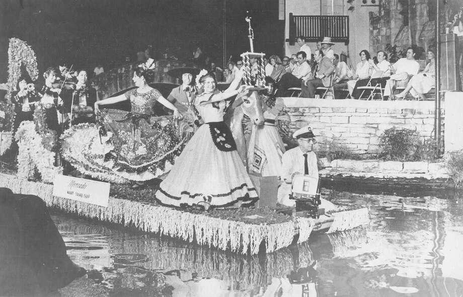 Fiesta River Parade 1981: The El Mercado float was the grand prize winner. Photo: San Antonio Express-News File Photo