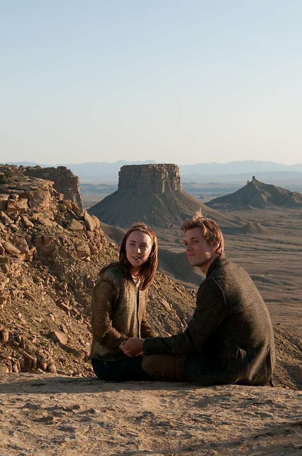 Jake Abel and Saoirse Ronan star in THE HOST, the big screen adaptation of Stephenie Meyer«s best-selling book, opening March 29, 2013. Photo: Gregory Peters, Open Road Films