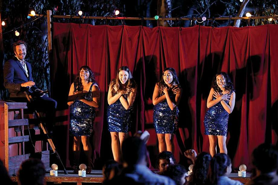Chris Dowd as Dave, Deborah Mailman as Gail, Shari Sebbens as Kay, Jessica Mauboy as Julie, Miranda Tapsell as Cynthia, in THE SAPPHIRES Photo: Lisa Tomasetti, The Weinstein Company