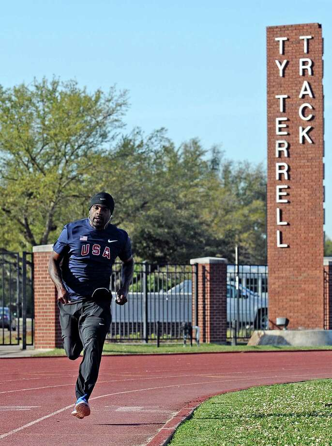Professional track and field athlete, Ivory Williams, practices at the Lamar University Ty Terrell track on Wednesday, March 27, 2013.  Williams will be compete in the Texas Relays on Saturday in Austin. Photo taken: Randy Edwards/The Enterprise Photo: Guiseppe Barranco