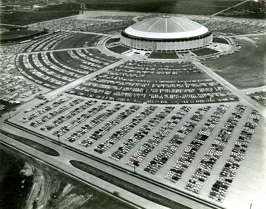 Filling the 30-foot-deep hole that'll be left after the Astrodome is razed is expected to take nine months, and that alone is expected to cost $11.7 million, the single-largest line item in the projected budget. Photo: Houston Chronicle File Photo